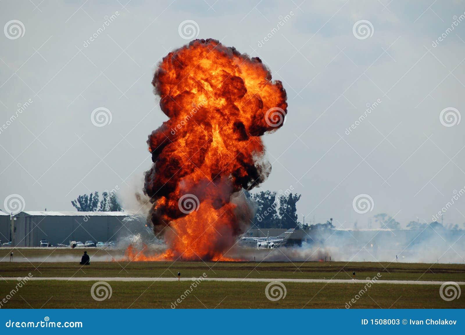 Explosion à l aéroport