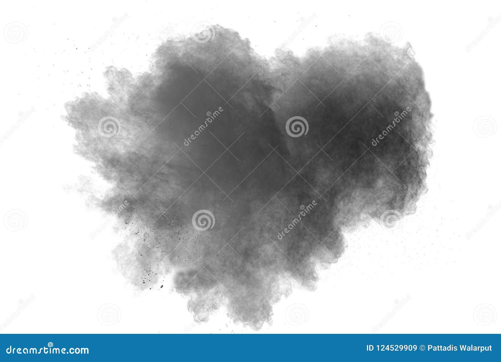 Explosion de poudre noire sur le fond blanc Forme de coeur