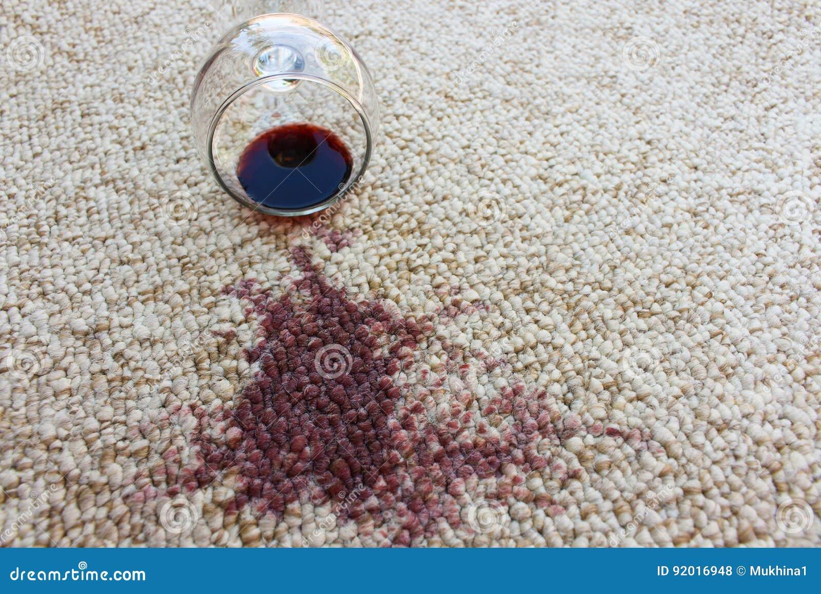 Exponeringsglas av rött vinavverkning på matta,