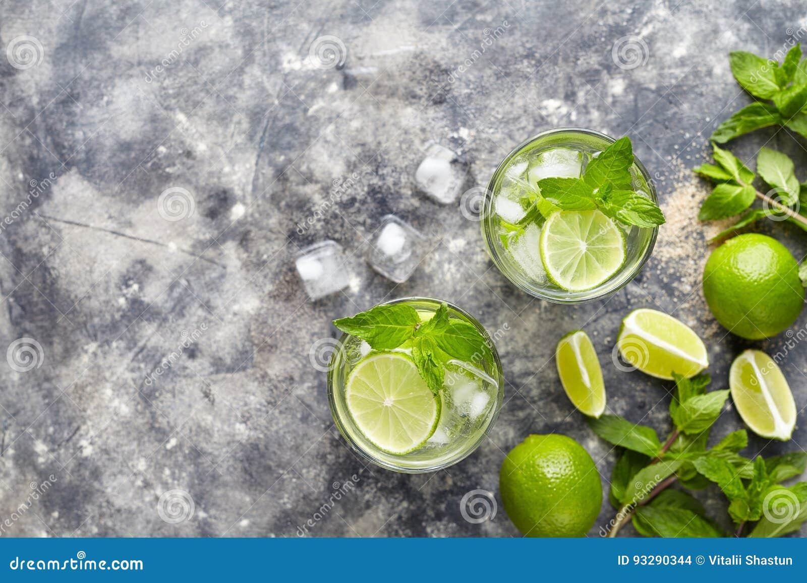 Exponeringsglas för highball för utrymme två för kopia för bästa sikt för dryck för Kuba för drink för uppfriskning för sommar fö