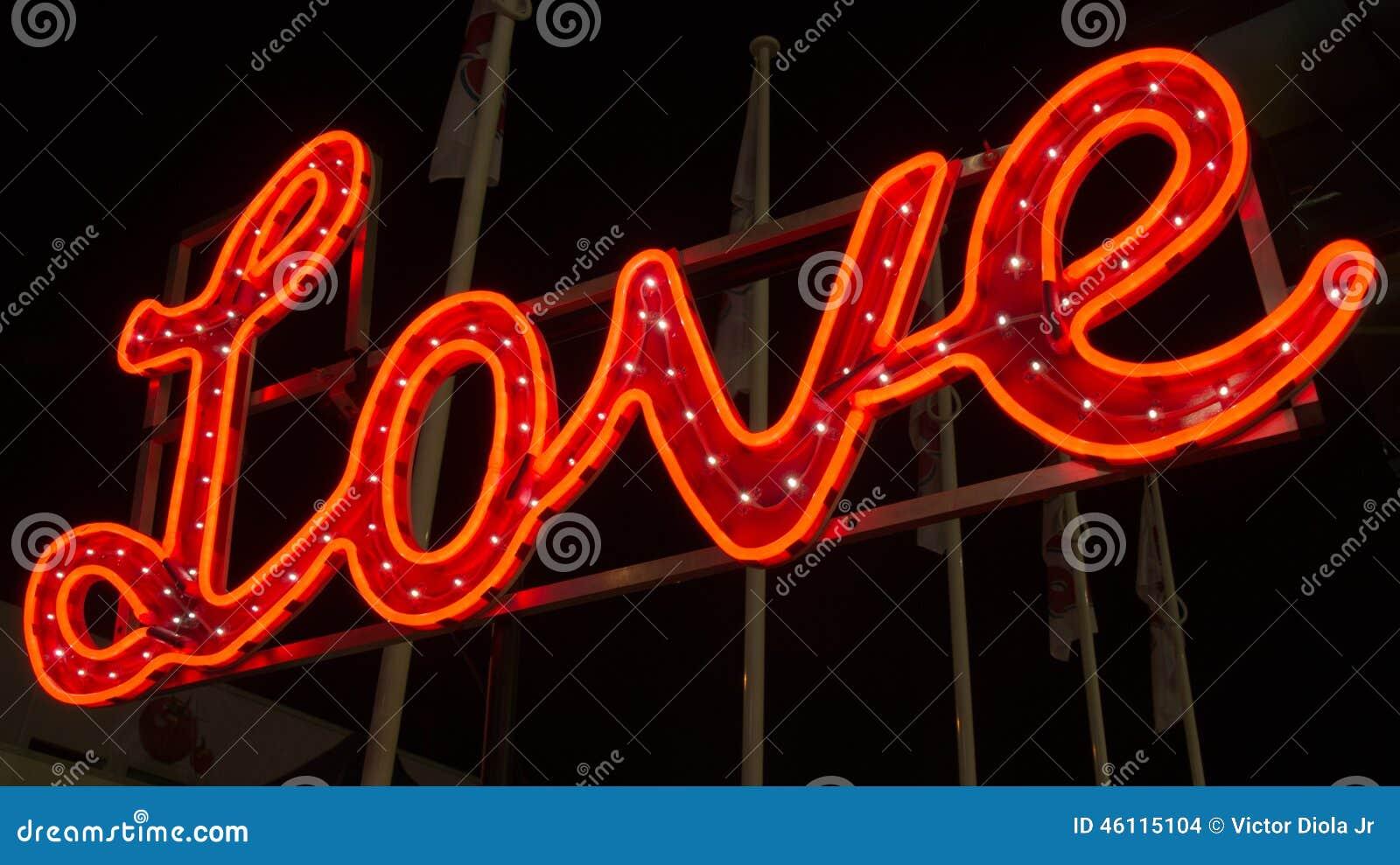 Exposição de néon do amor
