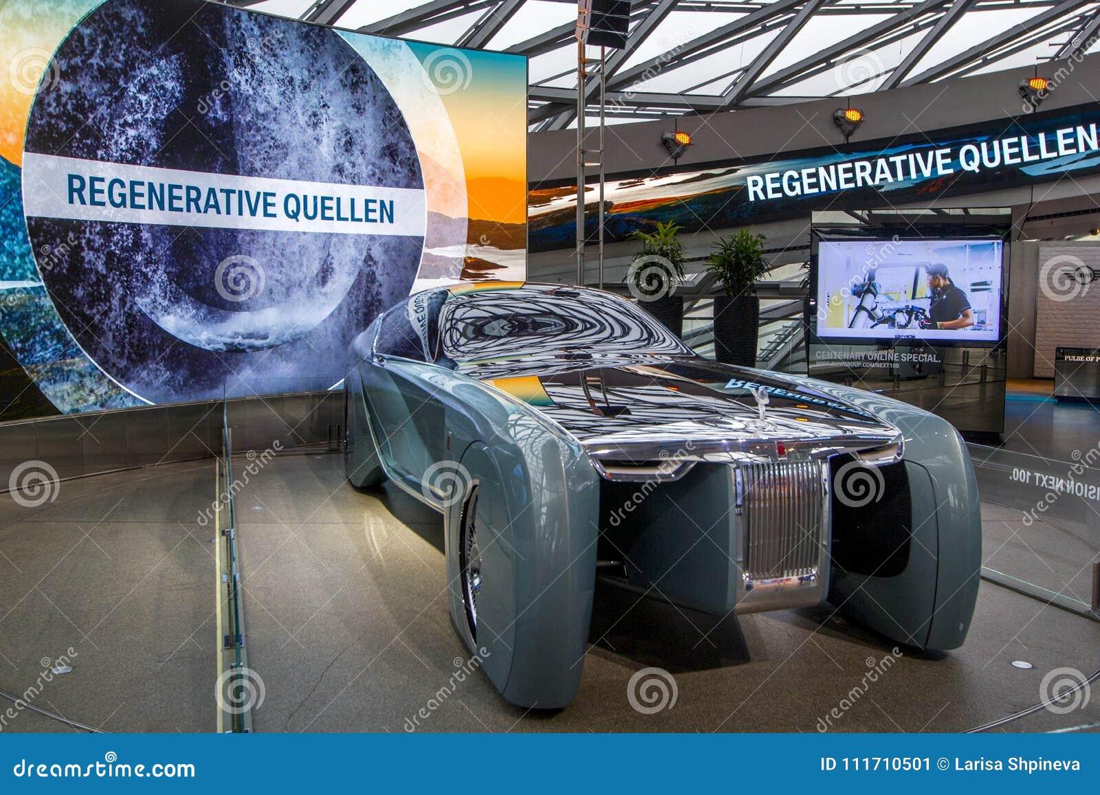 A exposição no museu de BMW apresenta o carro corajoso do conceito do futuro - 103EX-Rolls-Royce VISÃO luxuoso EM SEGUIDA 100, Mu