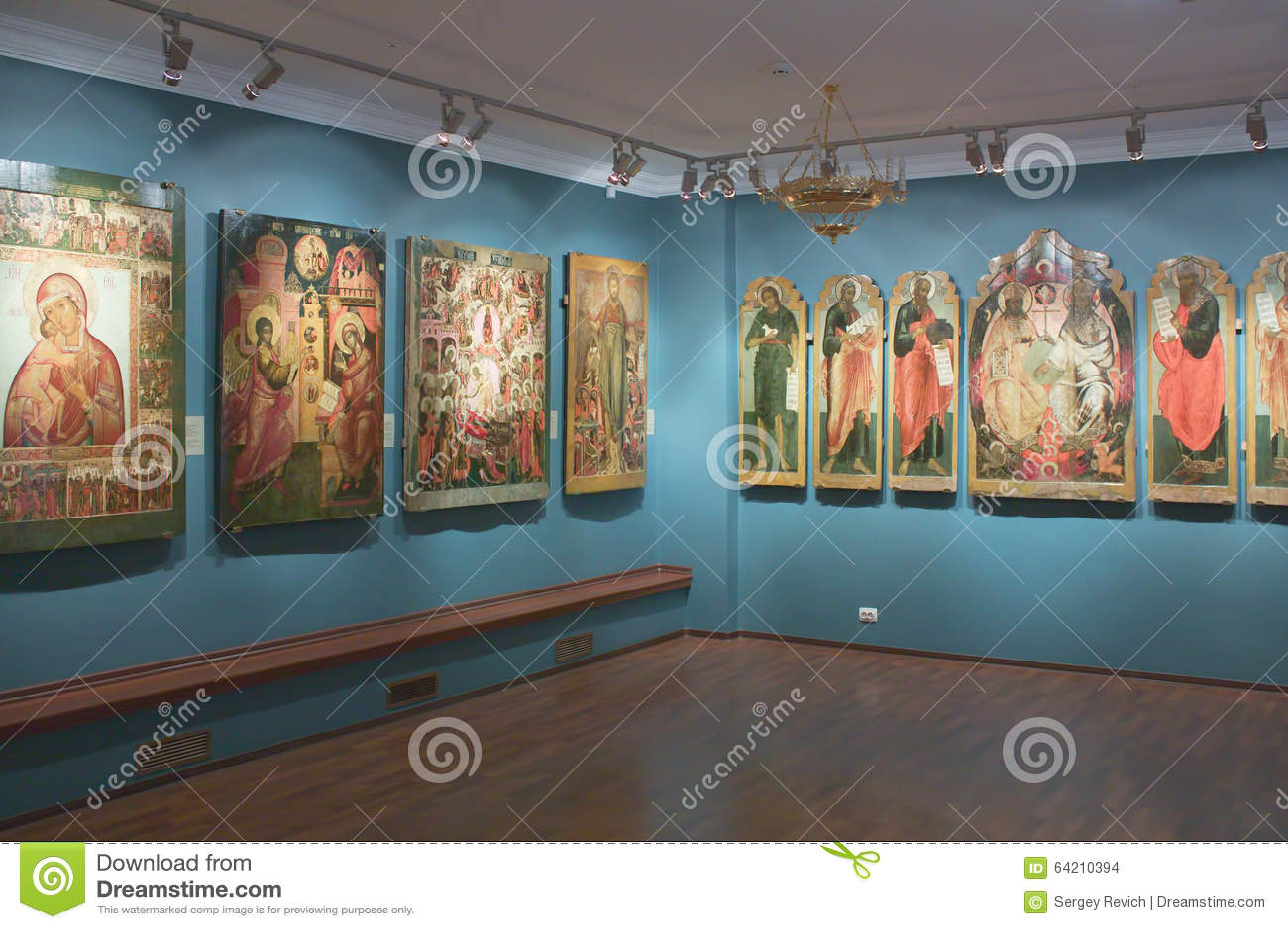 Exposición de los iconos en Kostroma