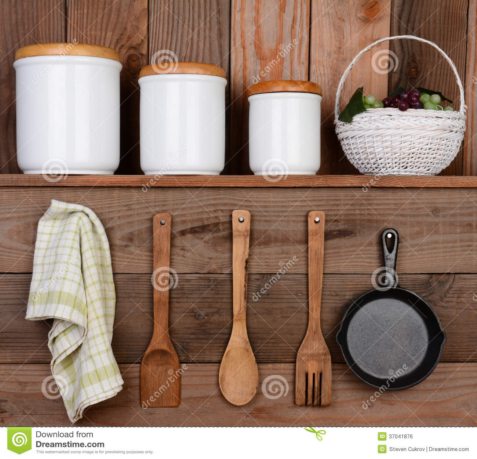 Exposição Rústica Da Cozinha Imagem de Stock Royalty Free Imagem  #82A229 1300 1269