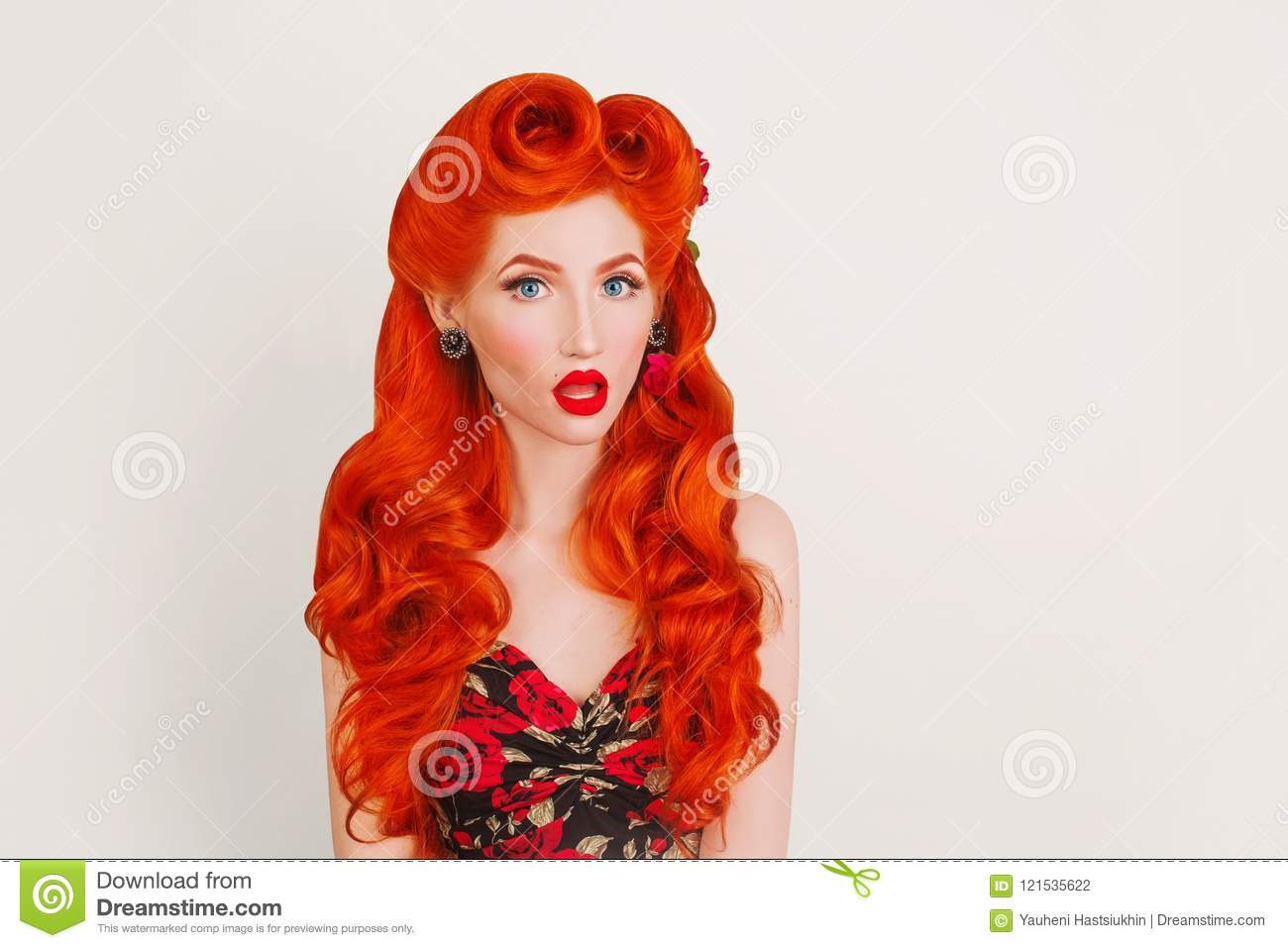 Express Emotions Retro Girl With Red Lips In Stylish Dress With