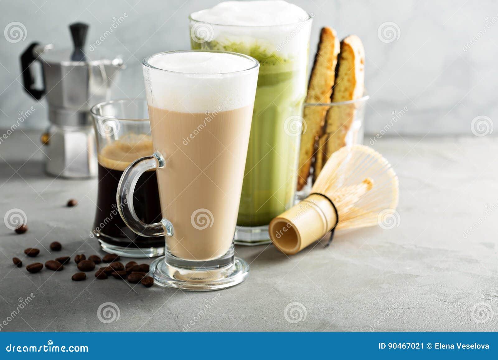 Expresso, café régulier et latte de matcha