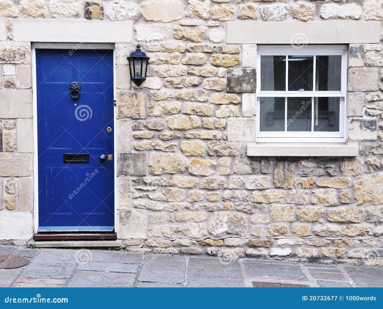 Ext rieur en pierre de maison photographie stock libre de for Exterieur maison en pierre