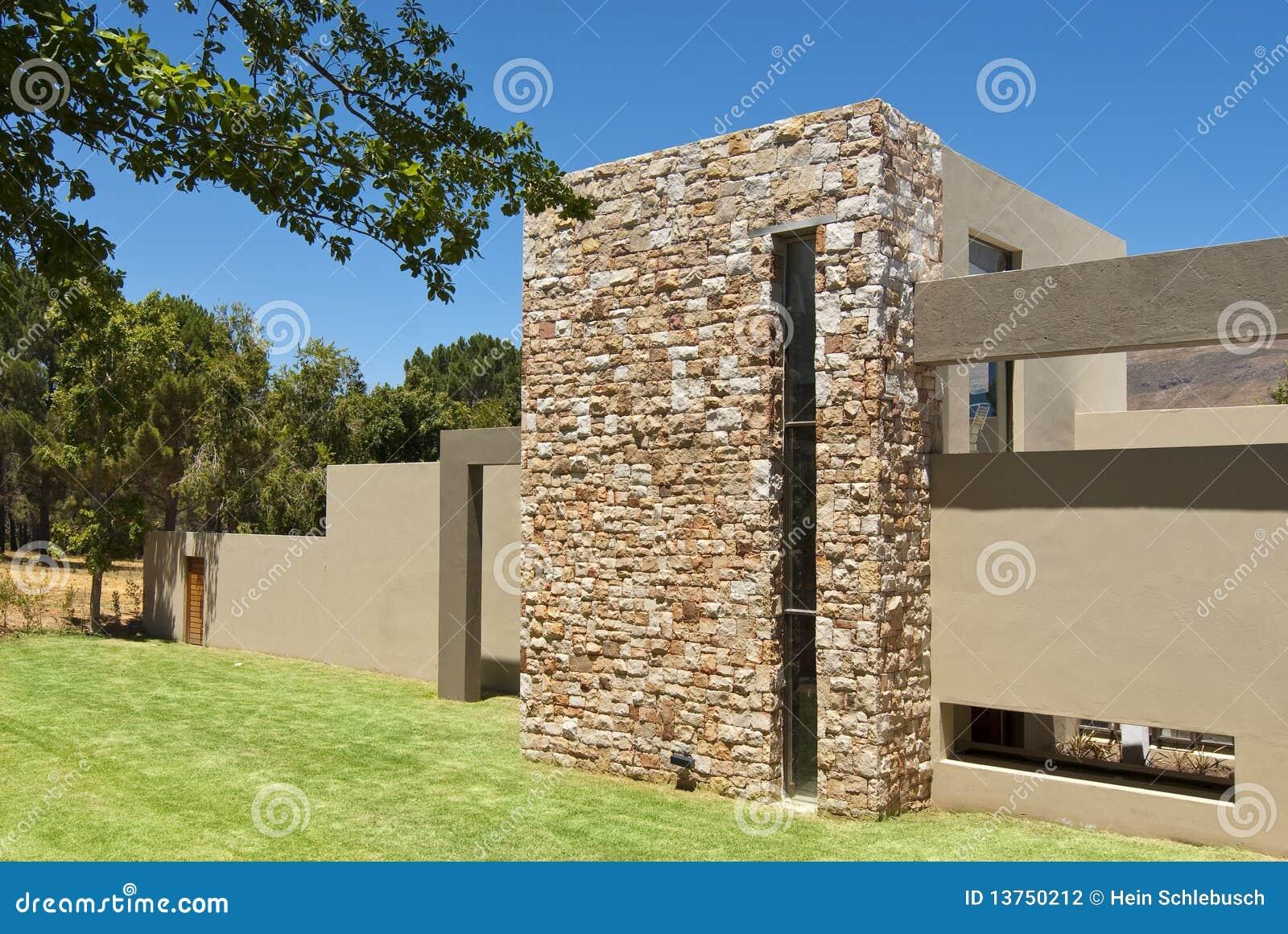 Exterior da casa moderna fotografia de stock imagem for Casa moderna exterior