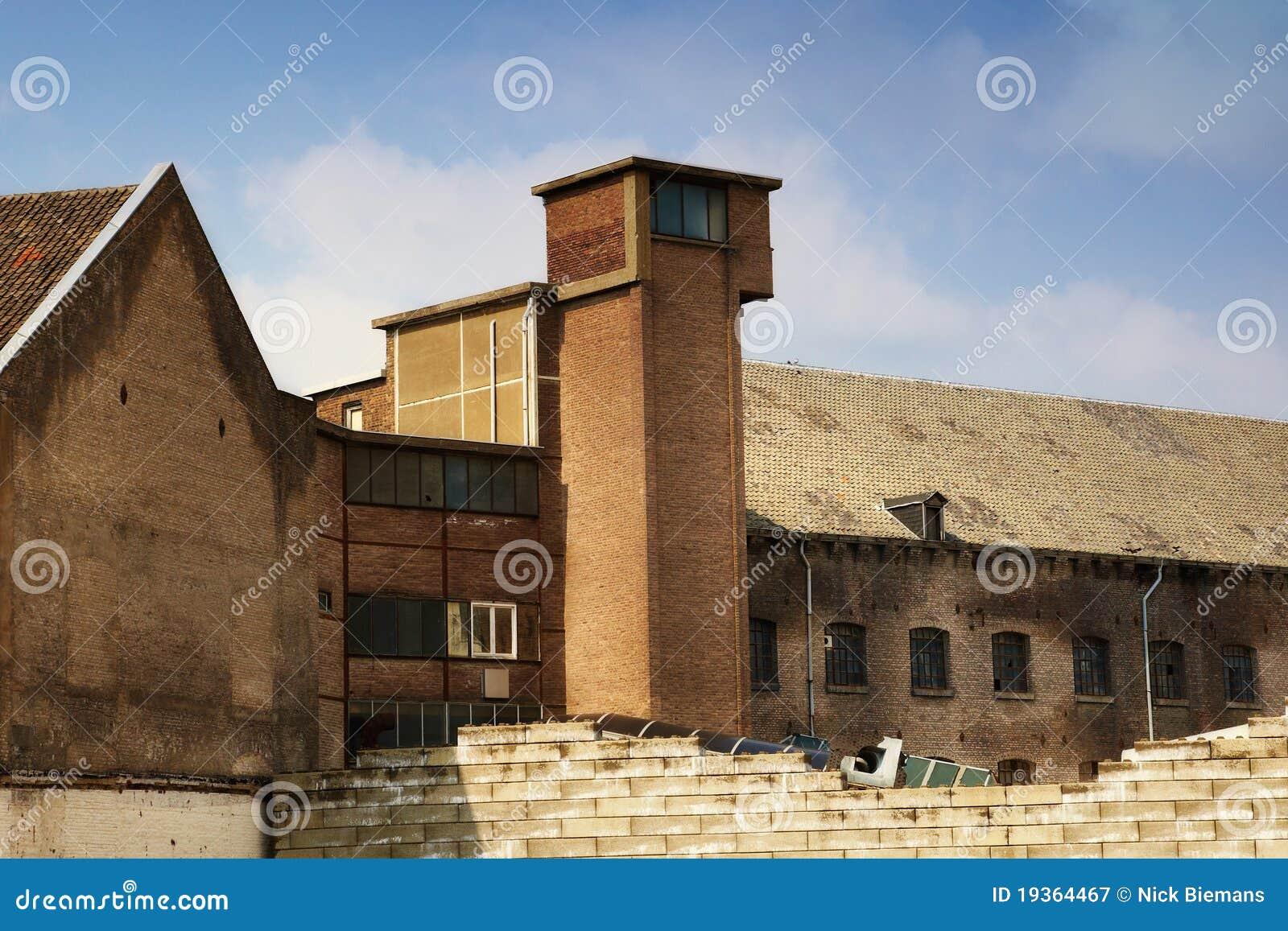 Exterior da fábrica velha