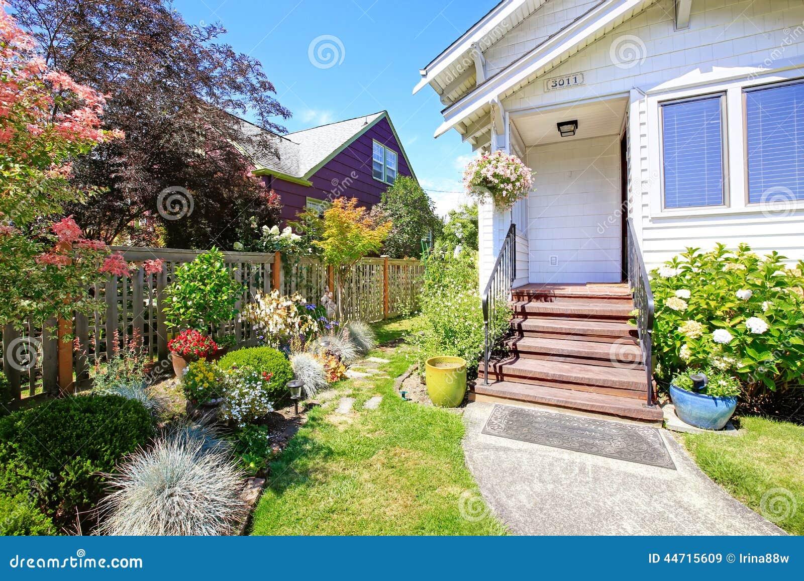cama casa entrada escaleras exterior