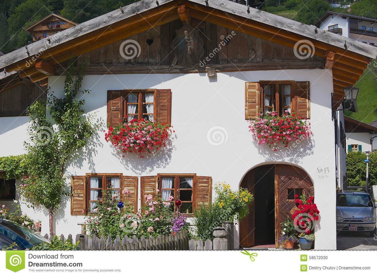 MITTENWALD, GERMANY - SEPTEMBER 01, 2010: Exterior of a traditional ...