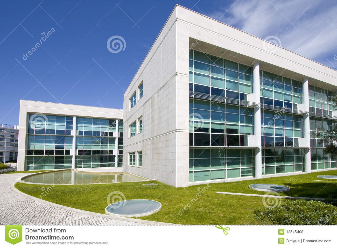 Exterior view of downtown city office buildings royalty for Modern office building design concepts exterior