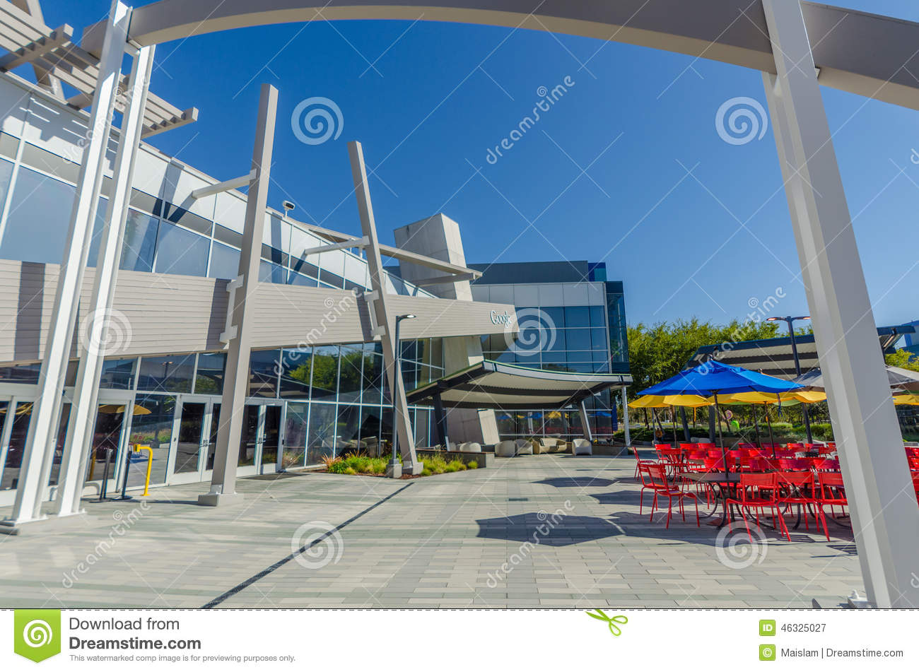 At Work In Googleplex What Amazing >> Exterior View Of Google Office Editorial Photography Image Of