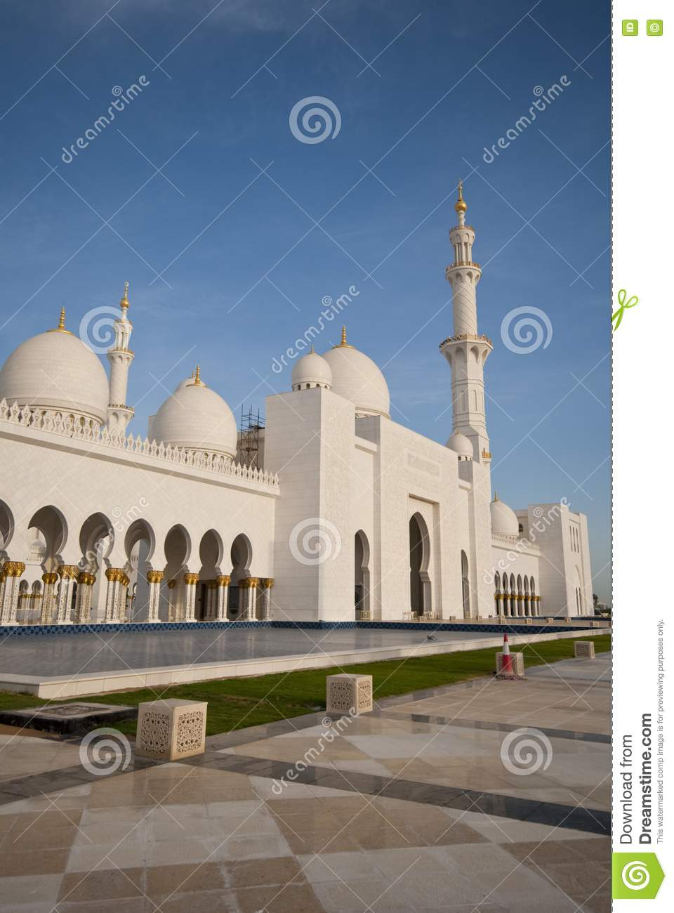 Exterior view of the mosque stock photo image 13942780 for Mosque exterior design