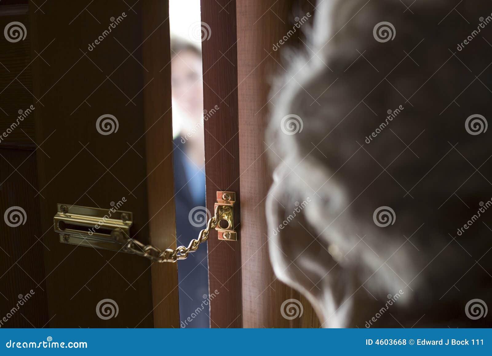 Extranjero en la puerta