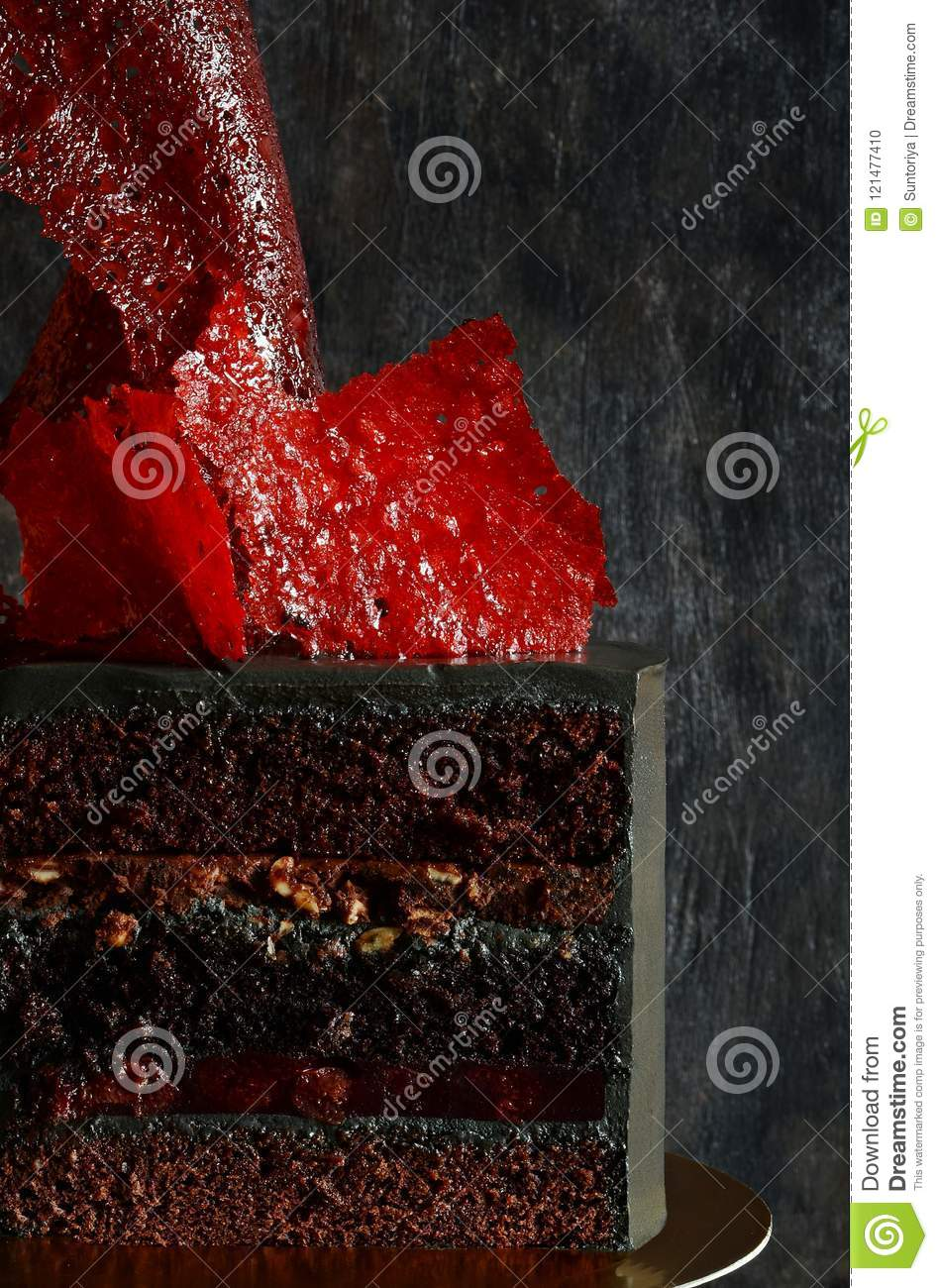 Incredible Extravagant Cake Of Black Color With Bright Red Caramel Decor Funny Birthday Cards Online Necthendildamsfinfo