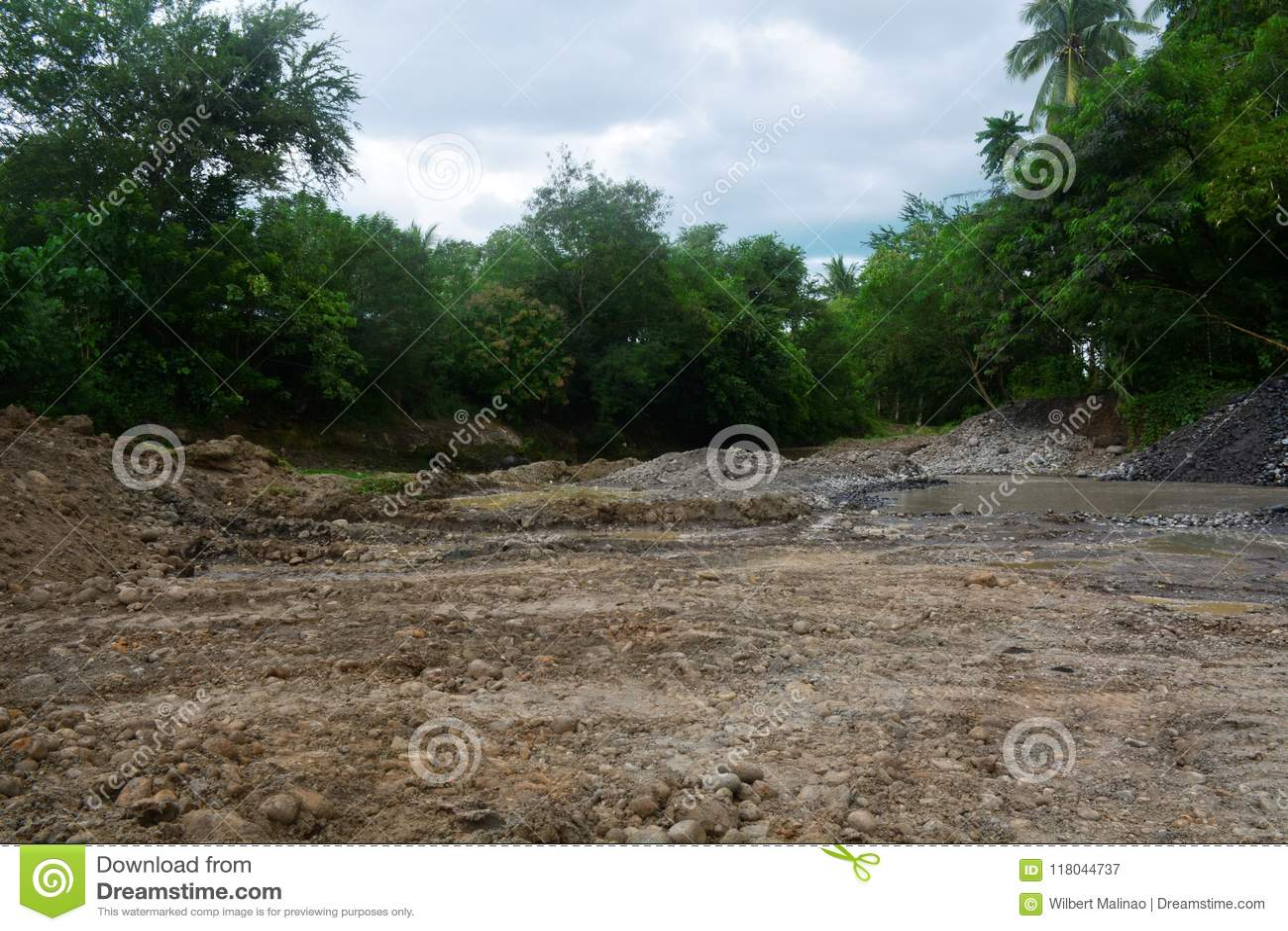 Extrayez le secteur en rivière de Bulatukan, nouveau Clarin, Bansalan, Davao del Sur, Philippines