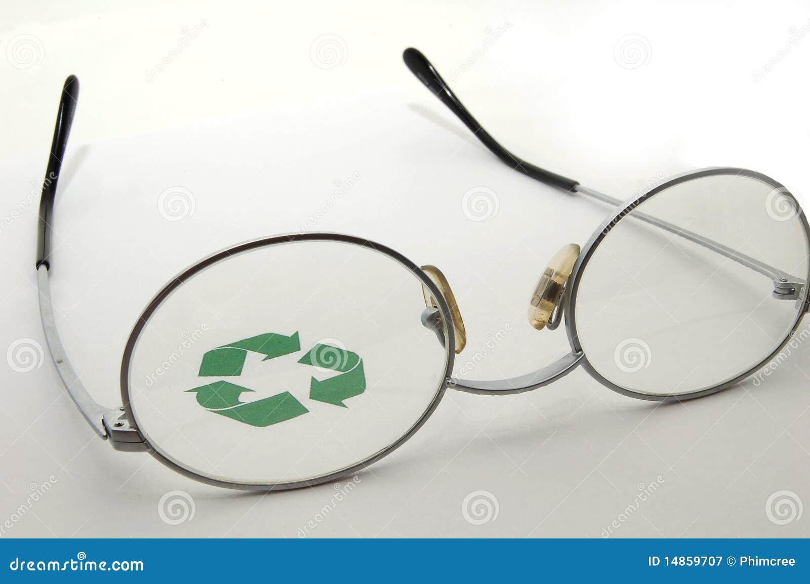 An Eye On Recycling
