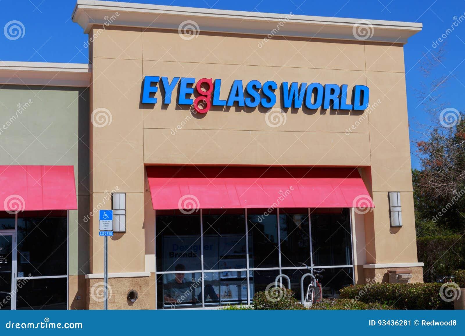 Eyeglass światu witryna sklepowa