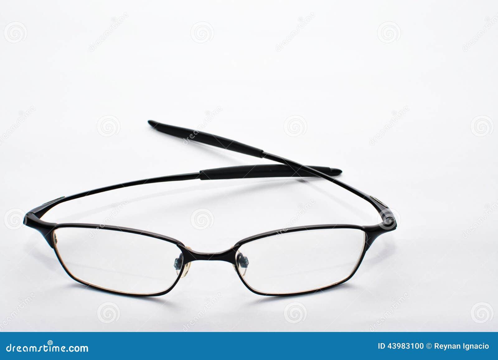 Eyeglass z białym tłem