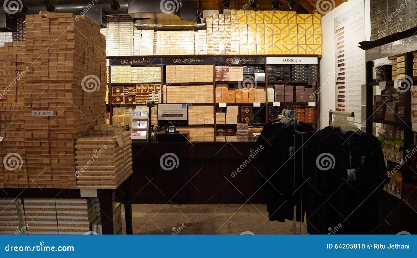 Fábrica del cigarro en el La Romana, República Dominicana