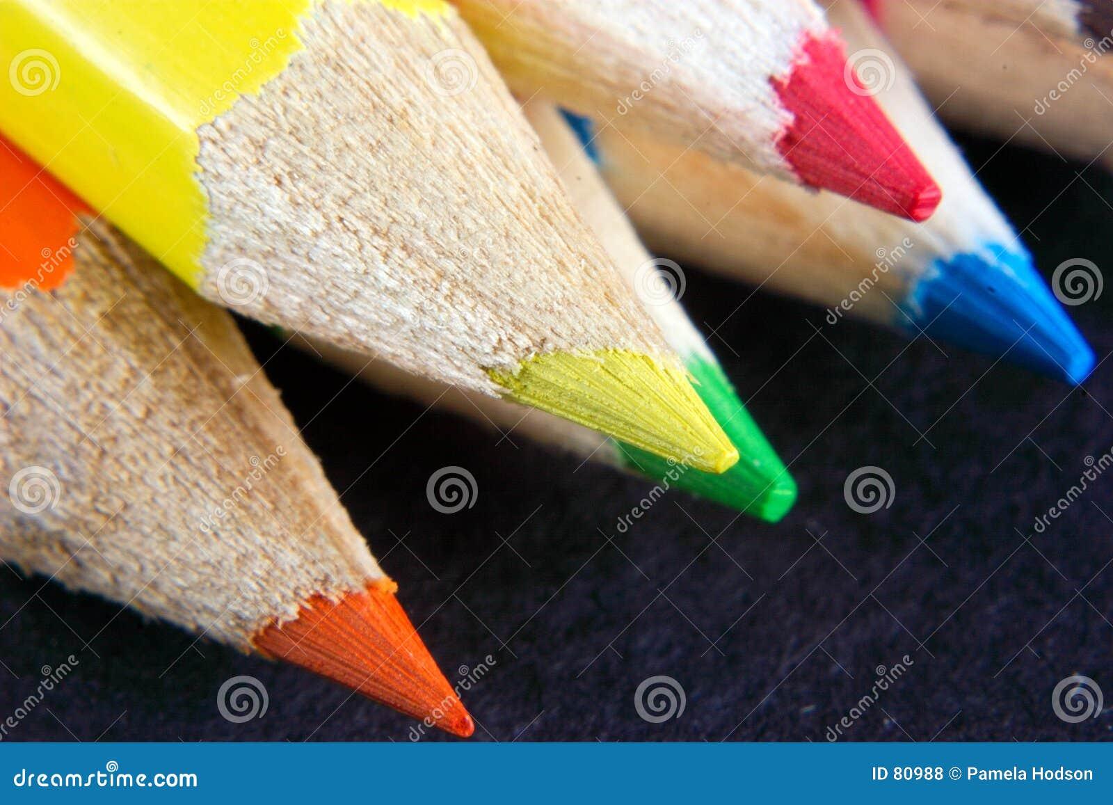 Färgade crayonspunkter