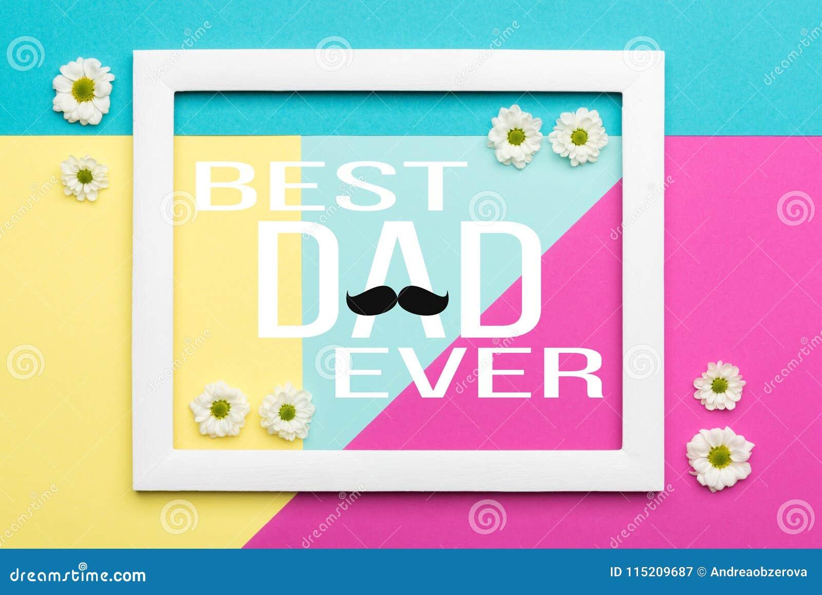 Färgar den pastellfärgade godisen för den lyckliga dagen för fader` s bakgrund Kort för hälsning för dag för fader för modeller f