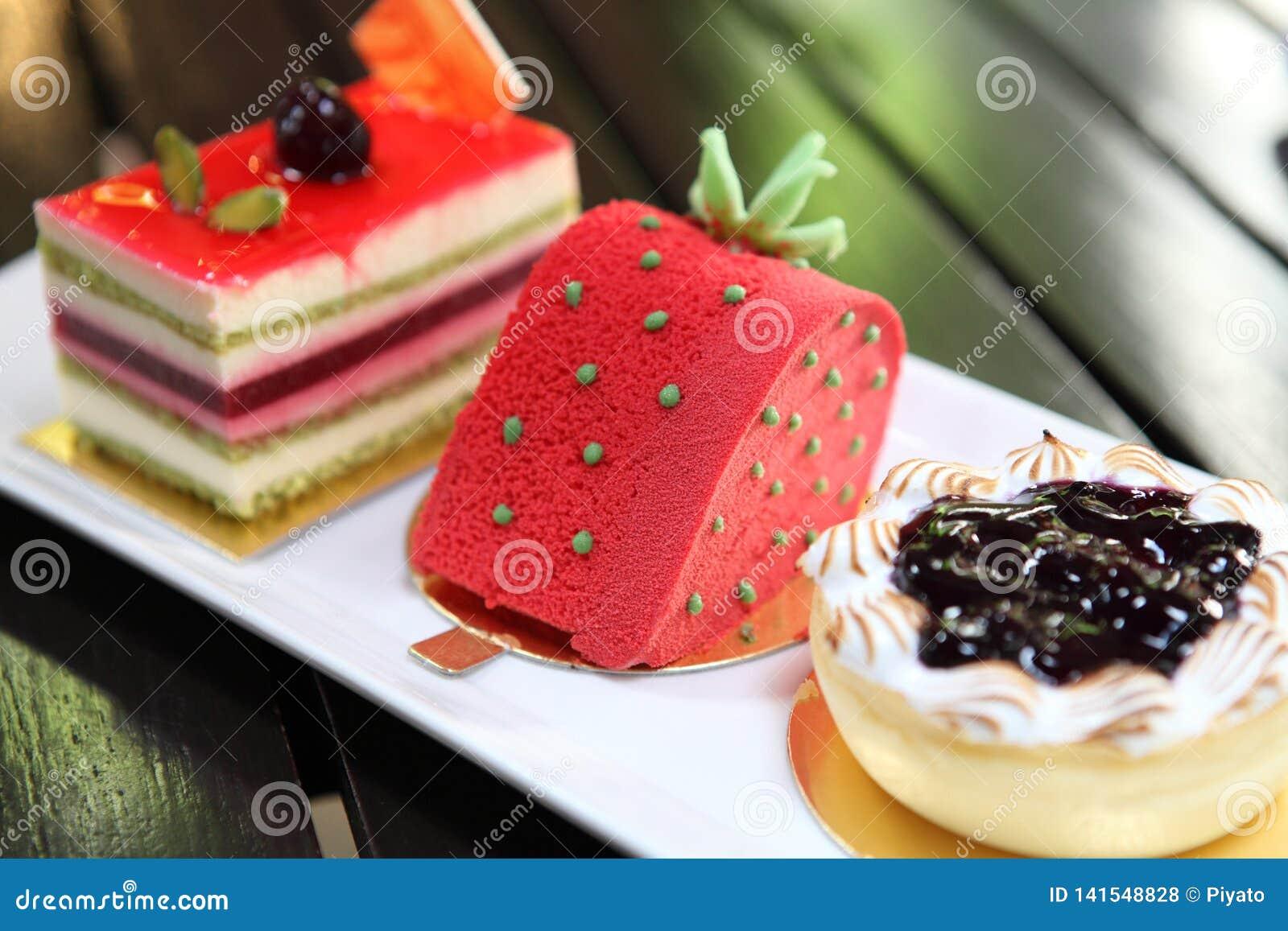 Färgglad fruktkaka