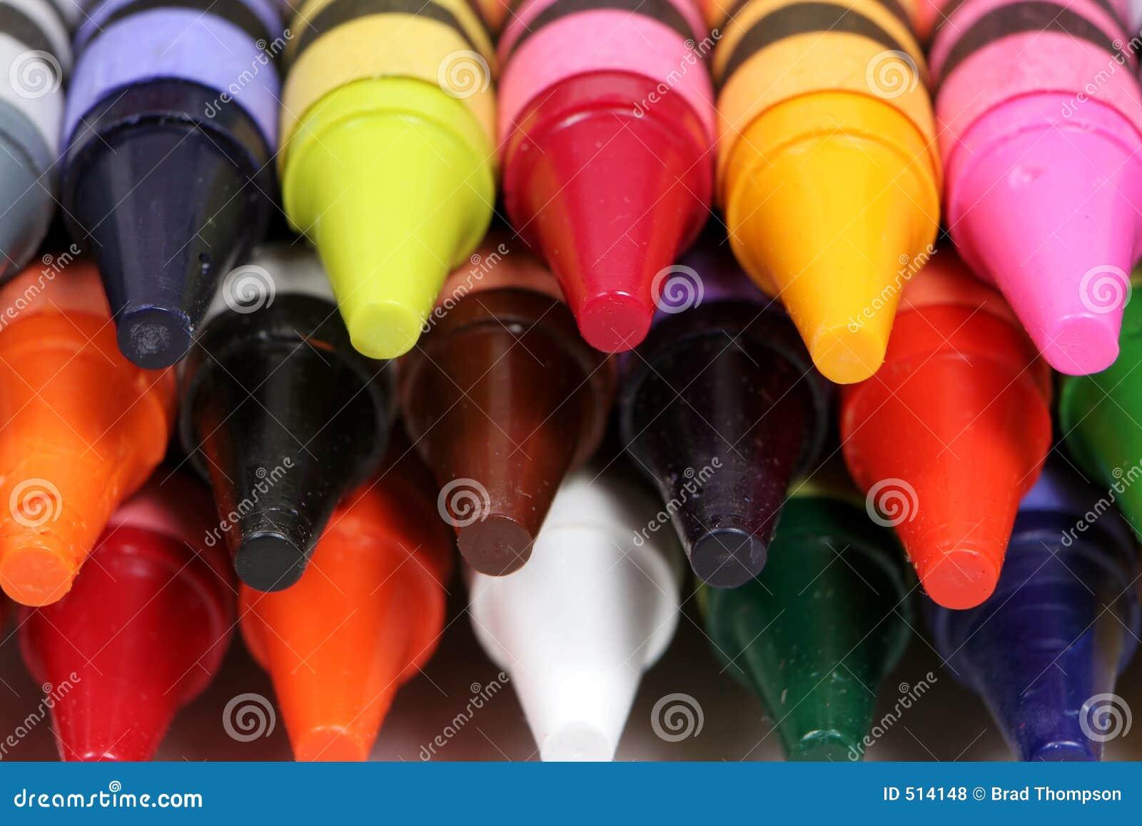 Färgrik sköt spetsar för crayons makro