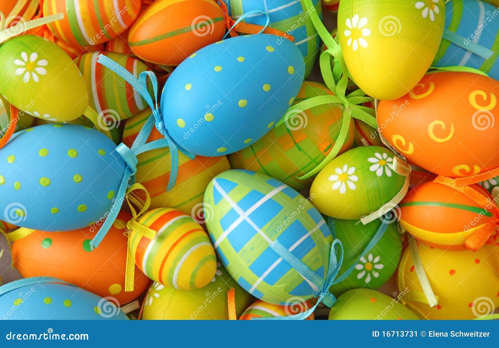 Färgrika easter ägg