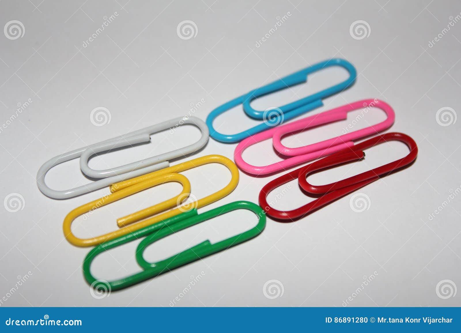 Färgrika paperclips