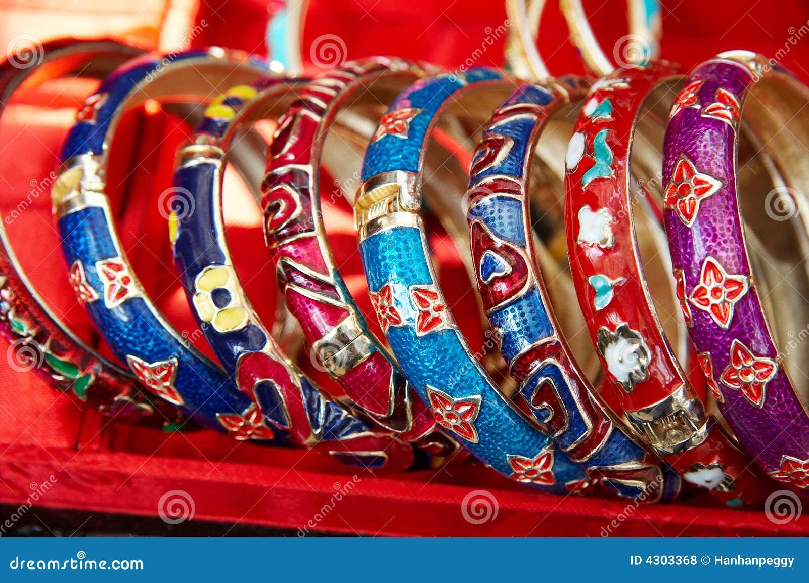 Färgrikt armband
