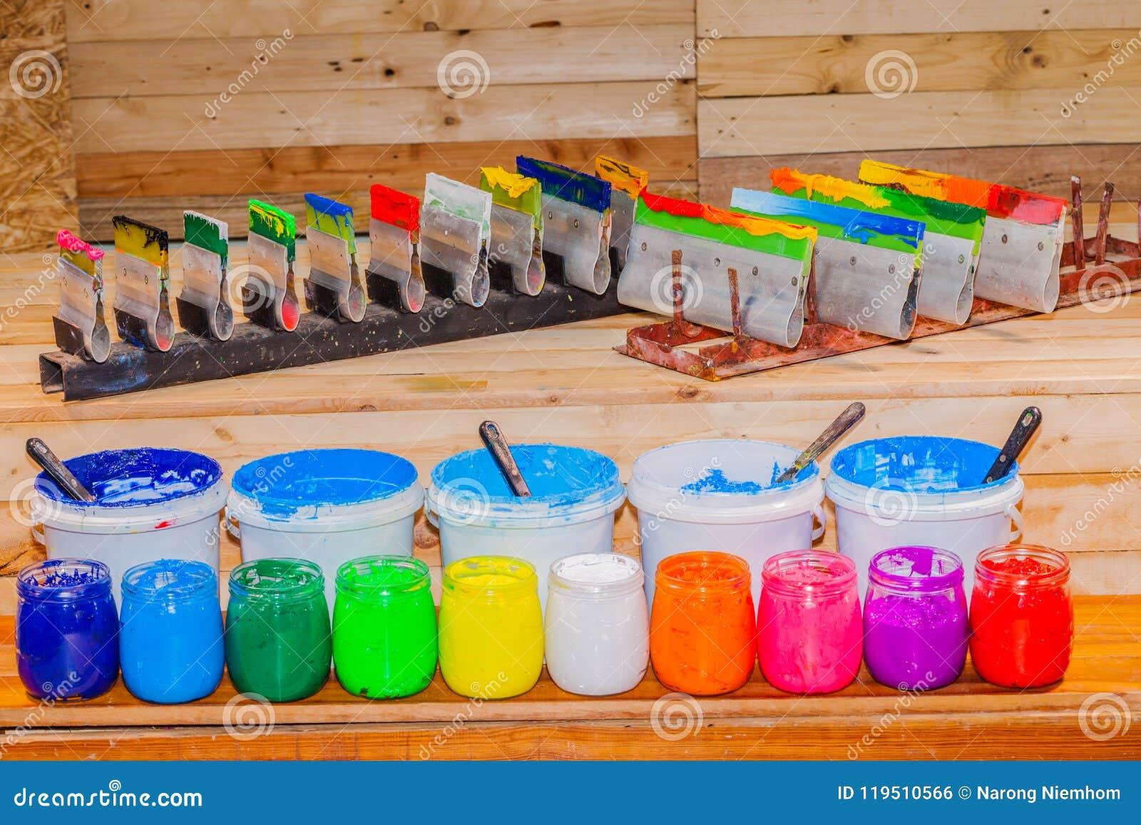 Färgrikt av exponeringsglas för Plastisolfärgpulver kunna utom fara på tallskogtabellen för skjorta för utslagsplats för skärmtry