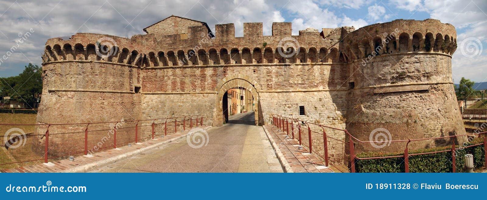 Fästning italy tuscany
