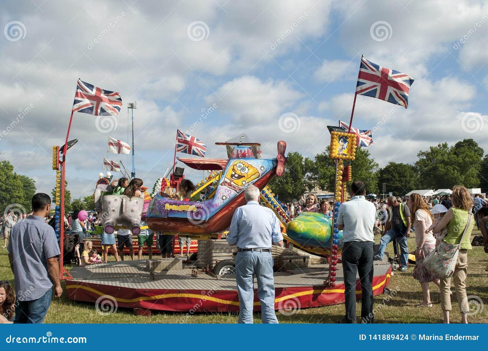 Fête foraine, exposition 2013, parc de Brockwell, Londres, R-U de pays de Lambeth