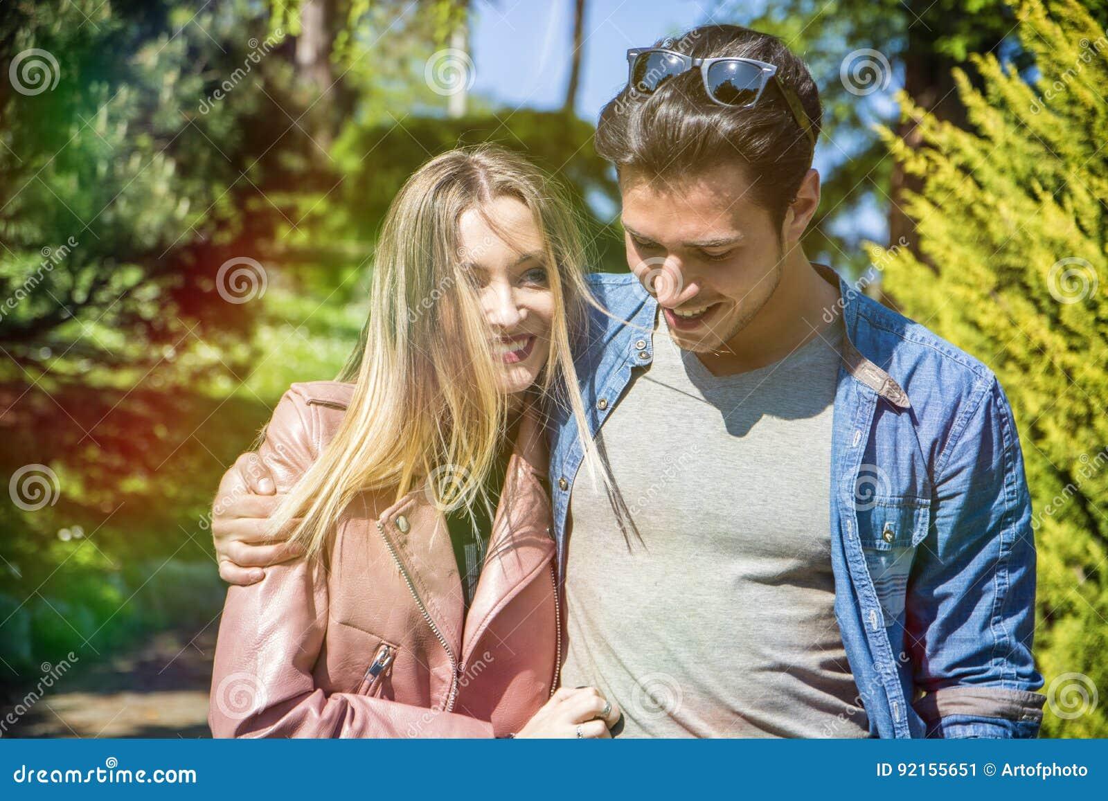 goo Hara och doojoon dating