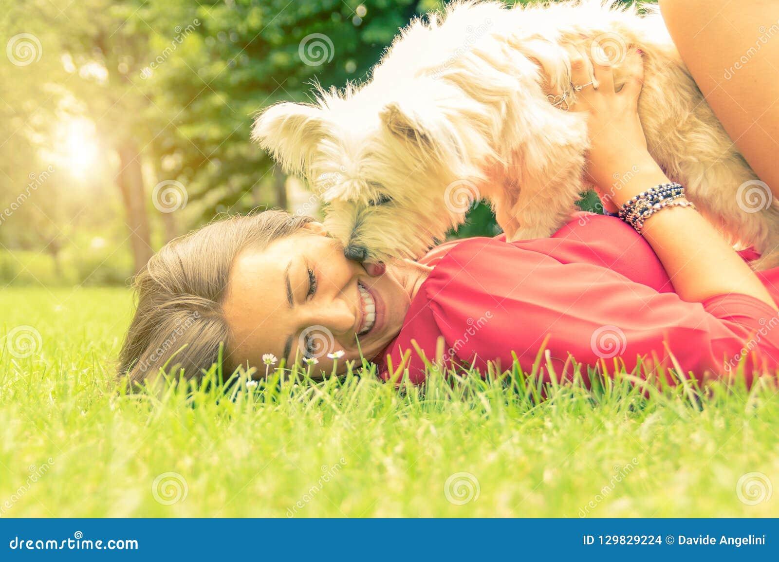 Förälskelse mellan människan och hunden
