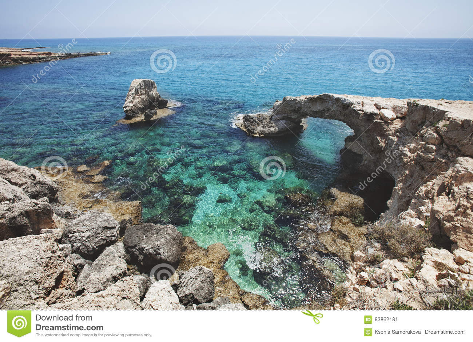 Förälskelse vaggar bron Cavo grecoudde cyprus MedelhavLAN