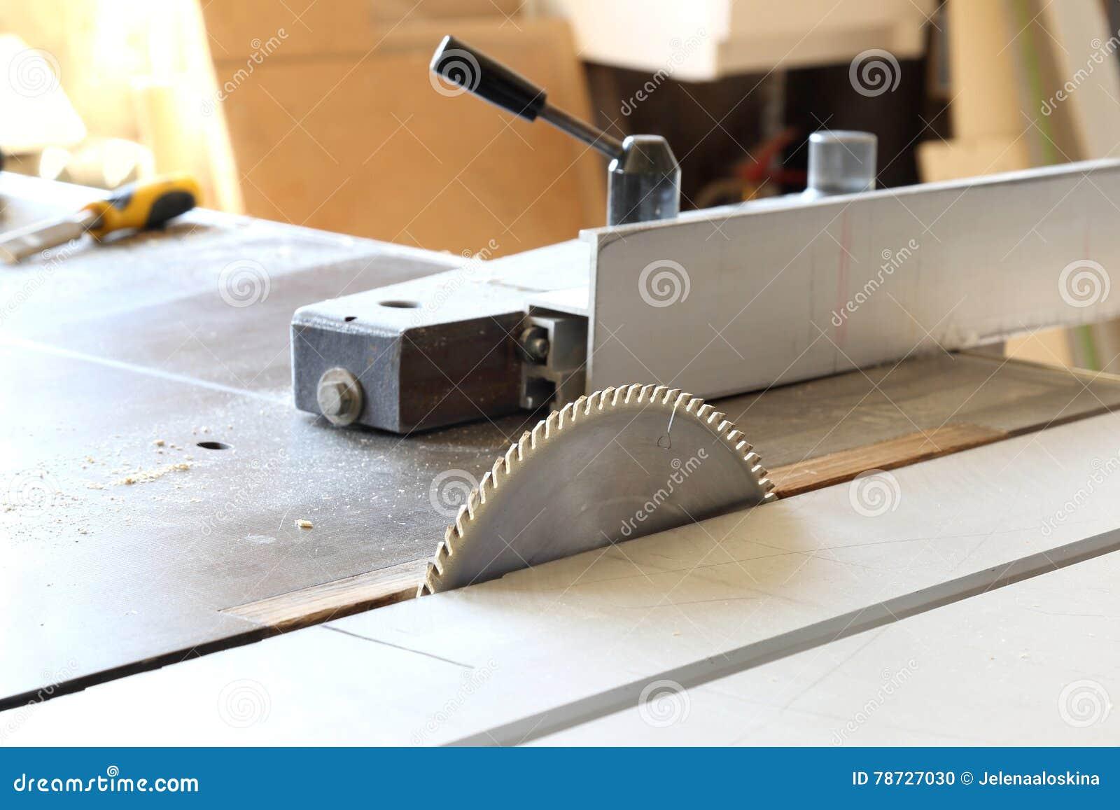 För cuttingdisk för slipmedelt blad runt arbete för saw för metall