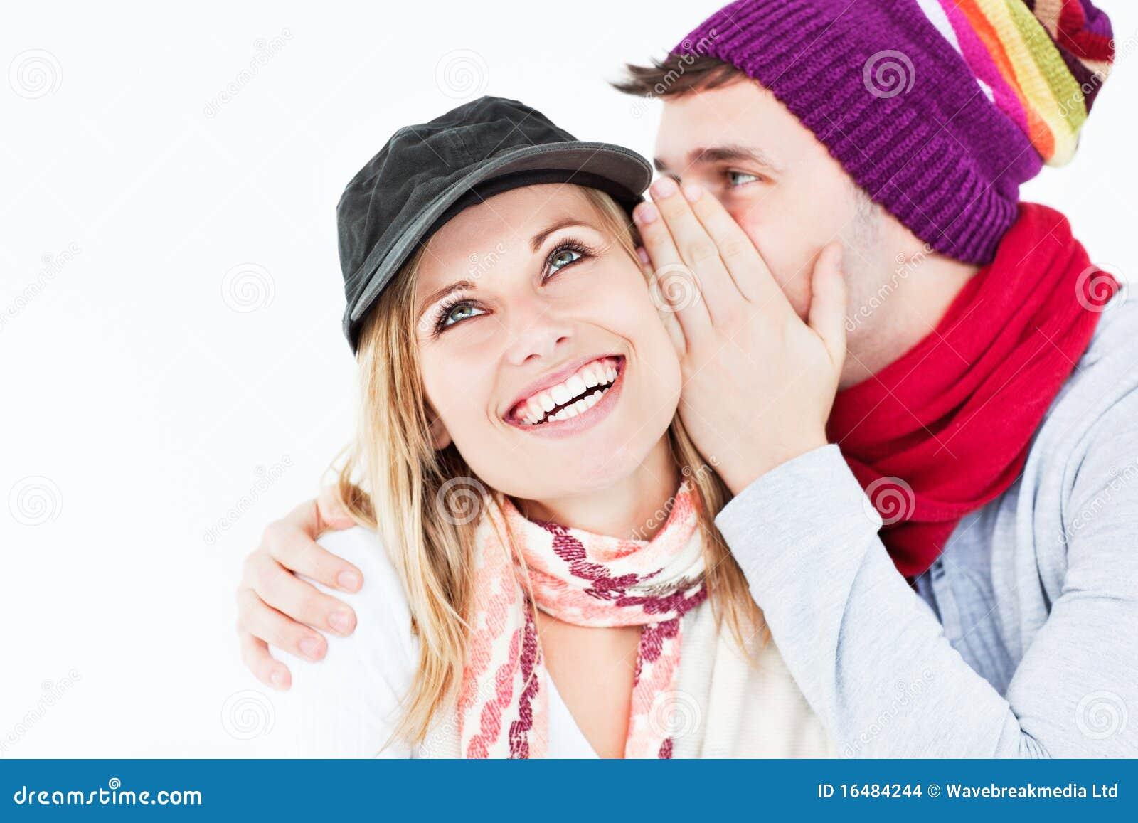 För hattman för flickvän som stilig hemlighet berättar till