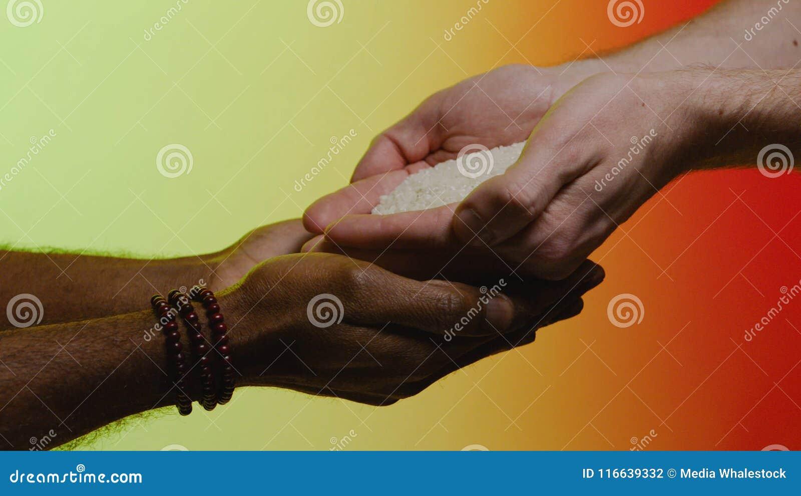 För hdriblixt för begrepp 3d service för framförande materiel Inlevelse medkänsla, hjälp, vänlighet Humanitärt bistånd till afrik