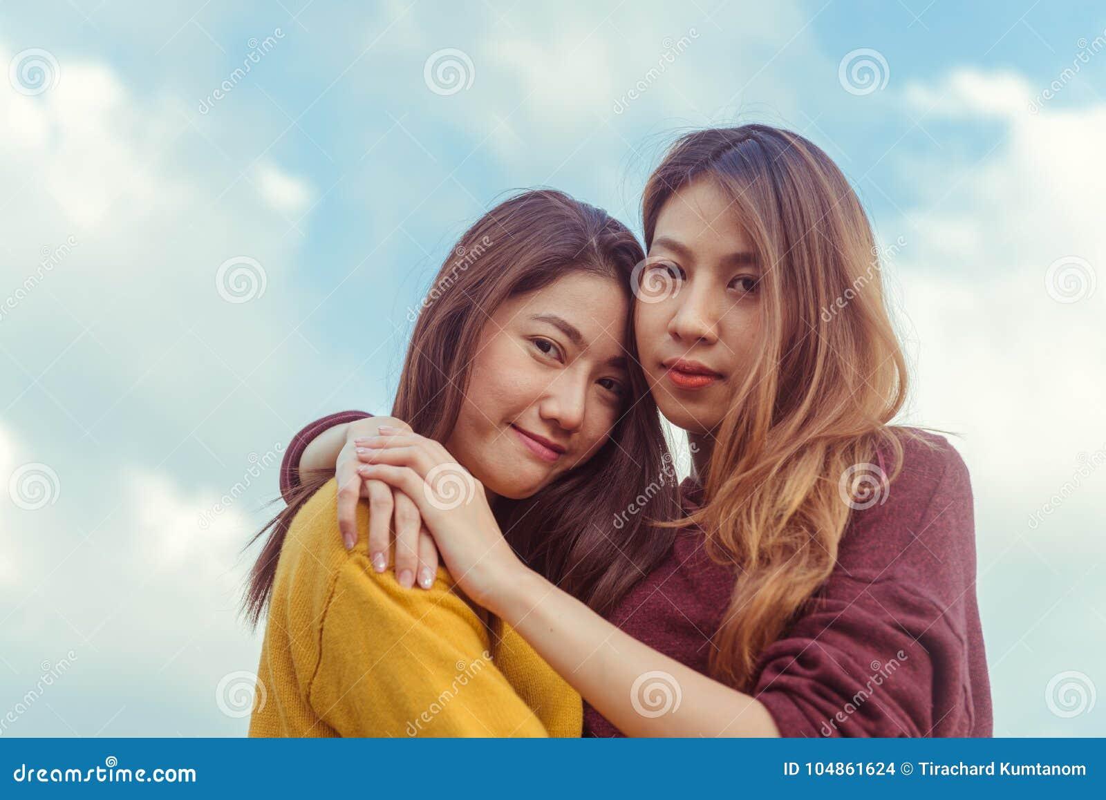bilder av lesbiska kvinnor