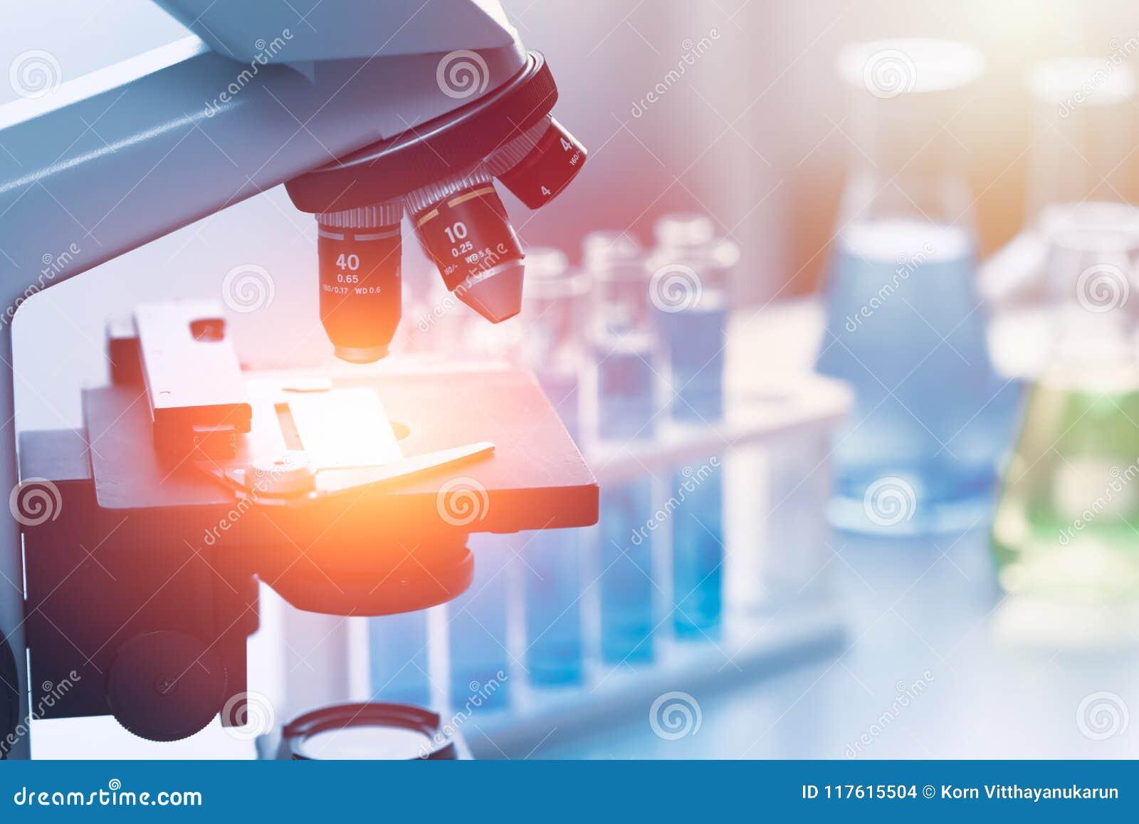 För medicinsk forskninglabb för vetenskap kemiska hjälpmedel