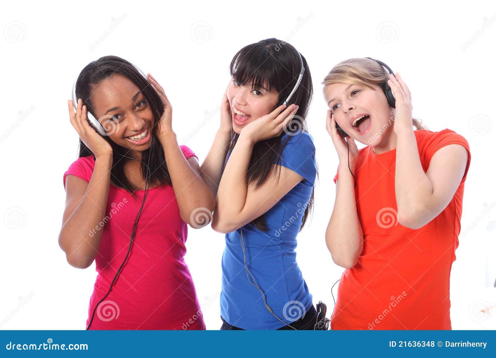 För musiktelefoner för flickor som mobilt sjunga är tonårs- till