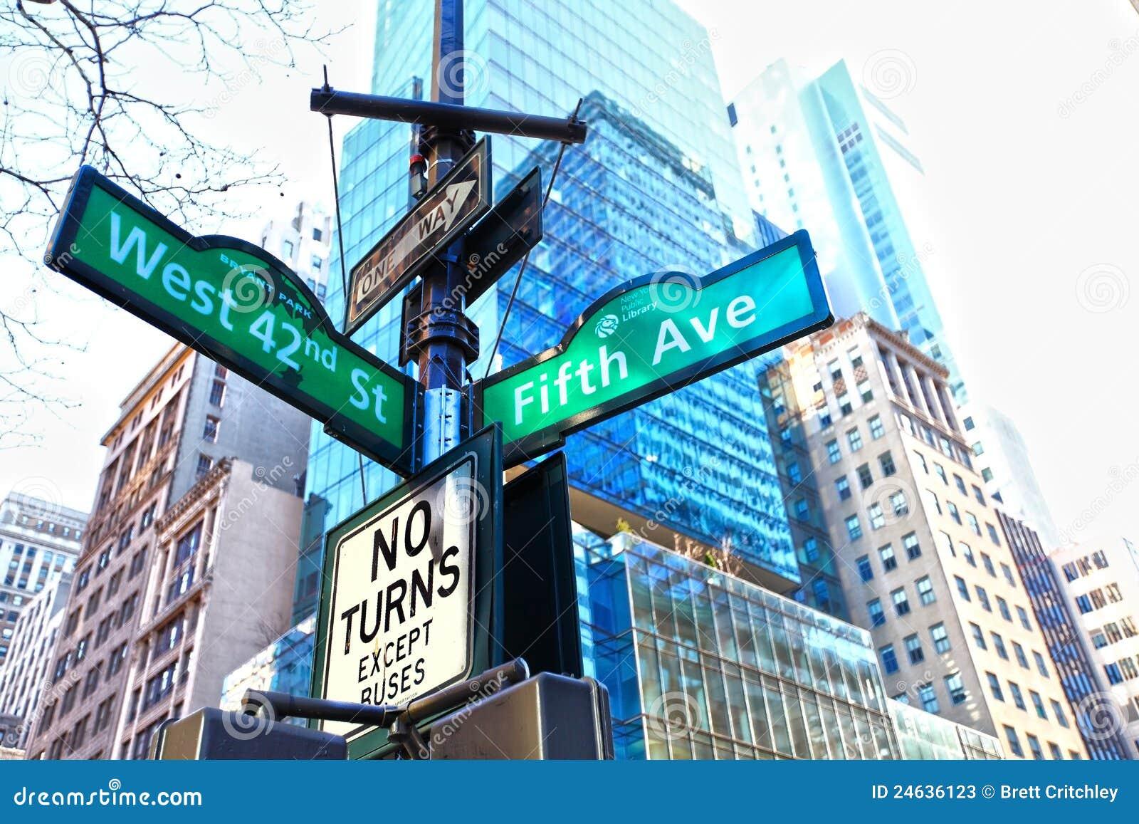 För nyctecken för aveny femte gata