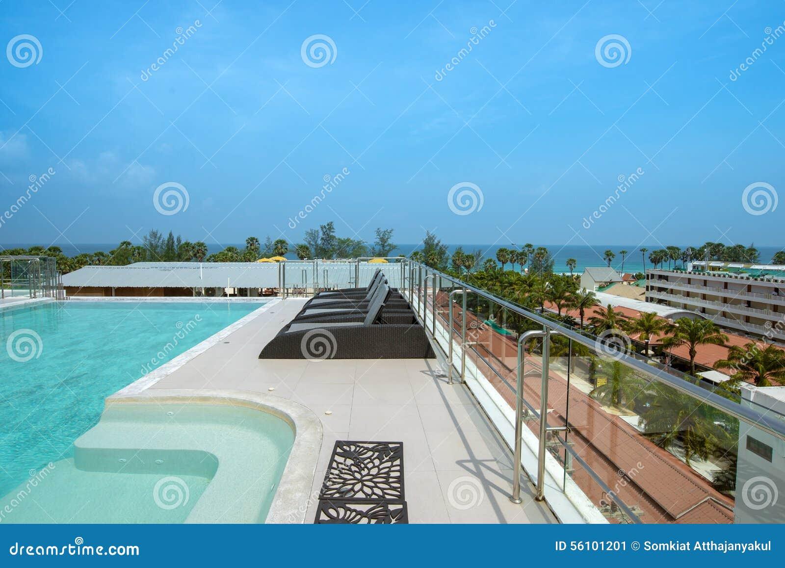 För pölsunbeds för hotell lyxigt simma
