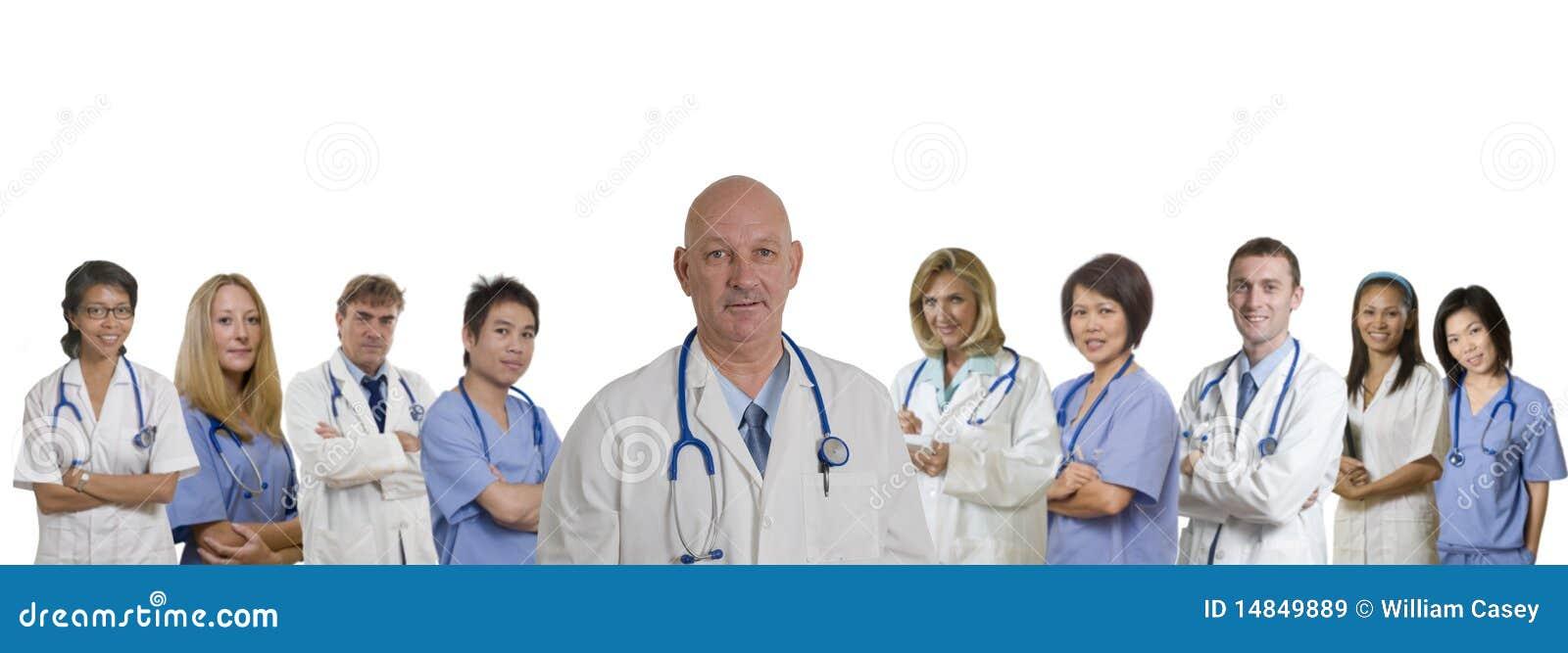 För sjukhusläkarundersökning för baner olik personal