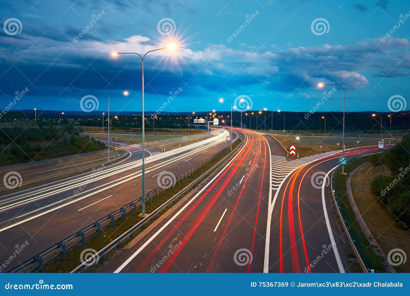 För trafik för nattvägtown dig