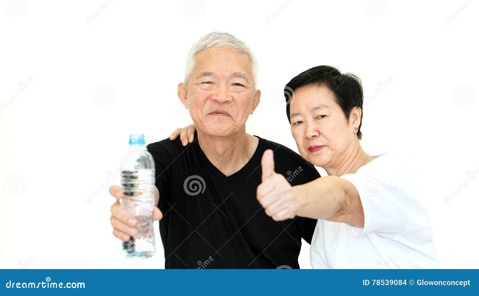 För vattenflaska för asiatiska höga par hållande hydrat för stag för hälsa
