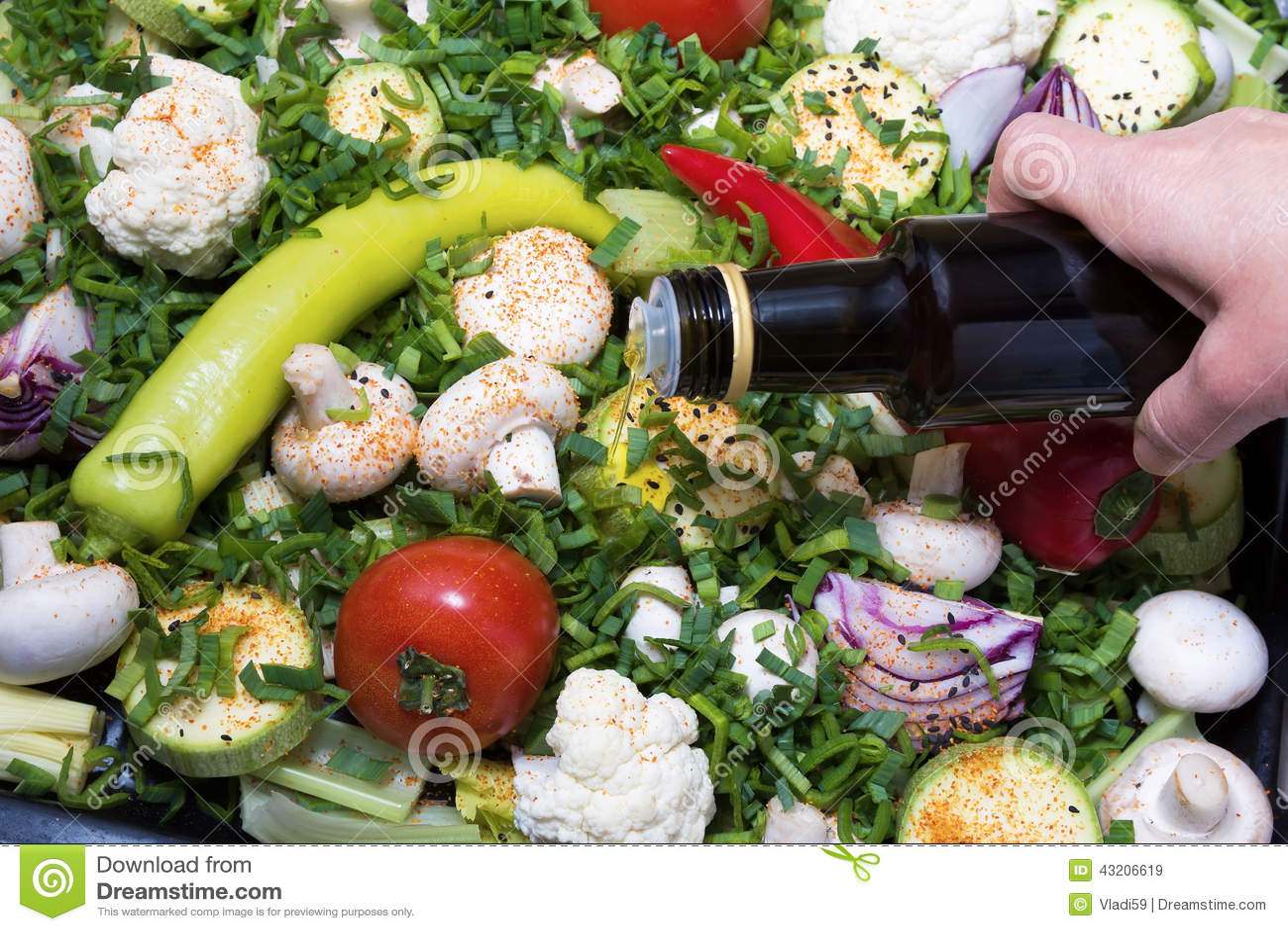 Download Förberedda grönsaker fotografering för bildbyråer. Bild av isolerat - 43206619